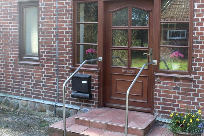 Eingang Alte Schule Meyn