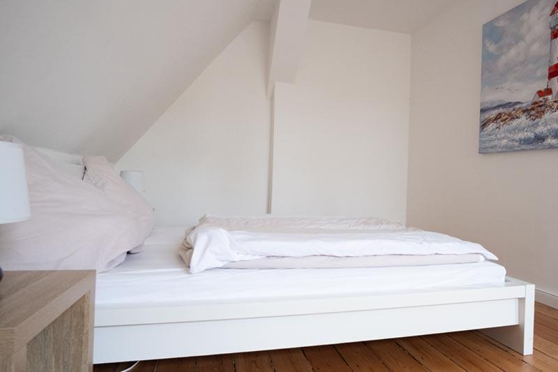 Helles Schlafzimmer für 2 Personen